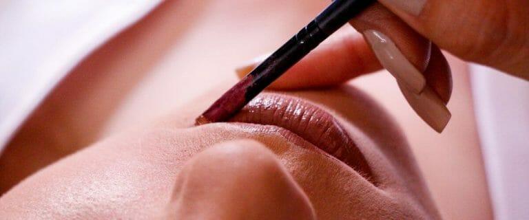 Best Lip Liners in Pakistan